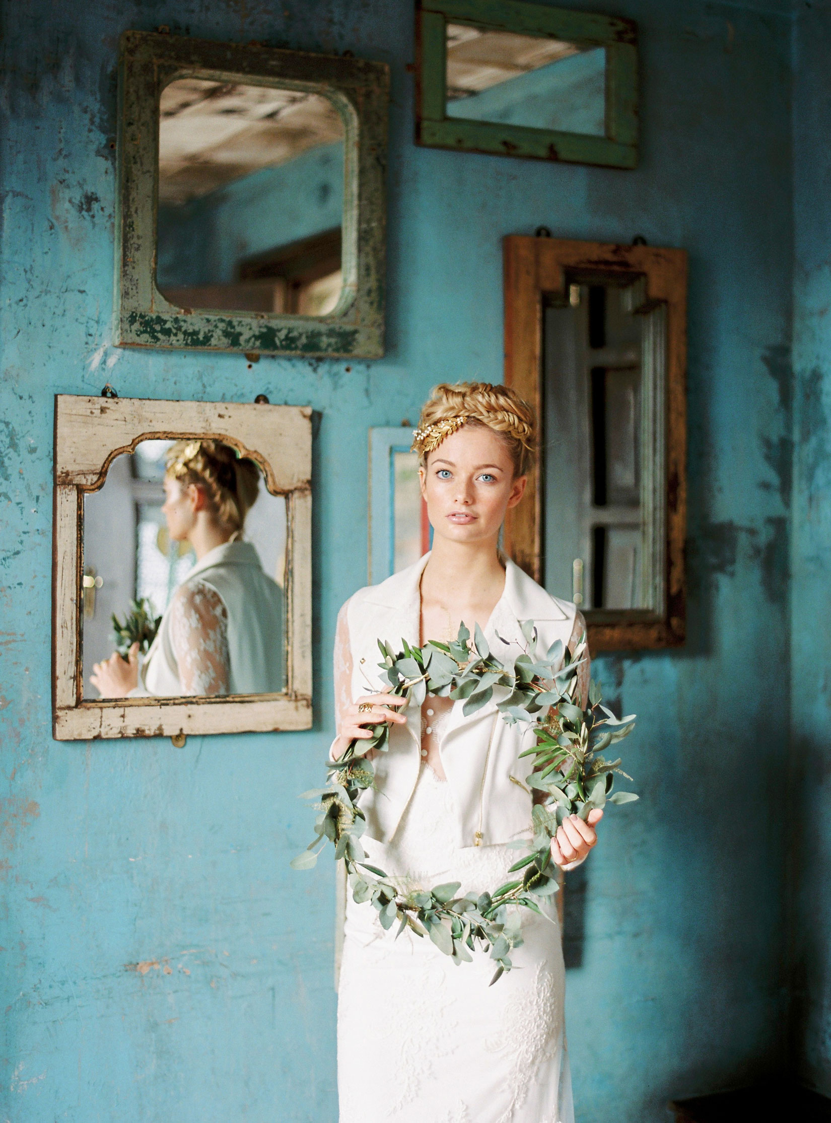 sarah-harper-floral-design-luxury-wedding-florist-flowers-oxfordshite-cotsworlds-gallery-Lucy_Davenport_Photography_Paradise-045