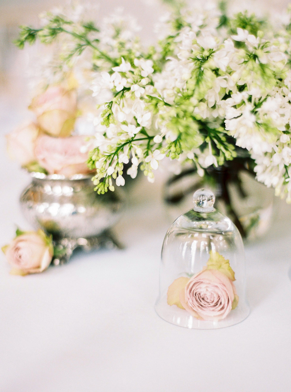 sarah-harper-floral-design-luxury-wedding-florist-flowers-oxfordshite-cotsworlds-gallery-Lucy_Davenport_Photography_Aynhoe_SpringSummer-009