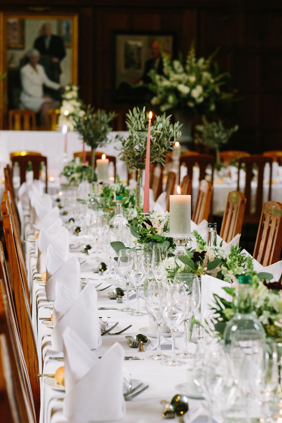 sarah-harper-floral-design-luxury-wedding-florist-flowers-oxfordshite-cotsworlds-gallery-elsbeth-sam-769_ES_Hi_Res_B