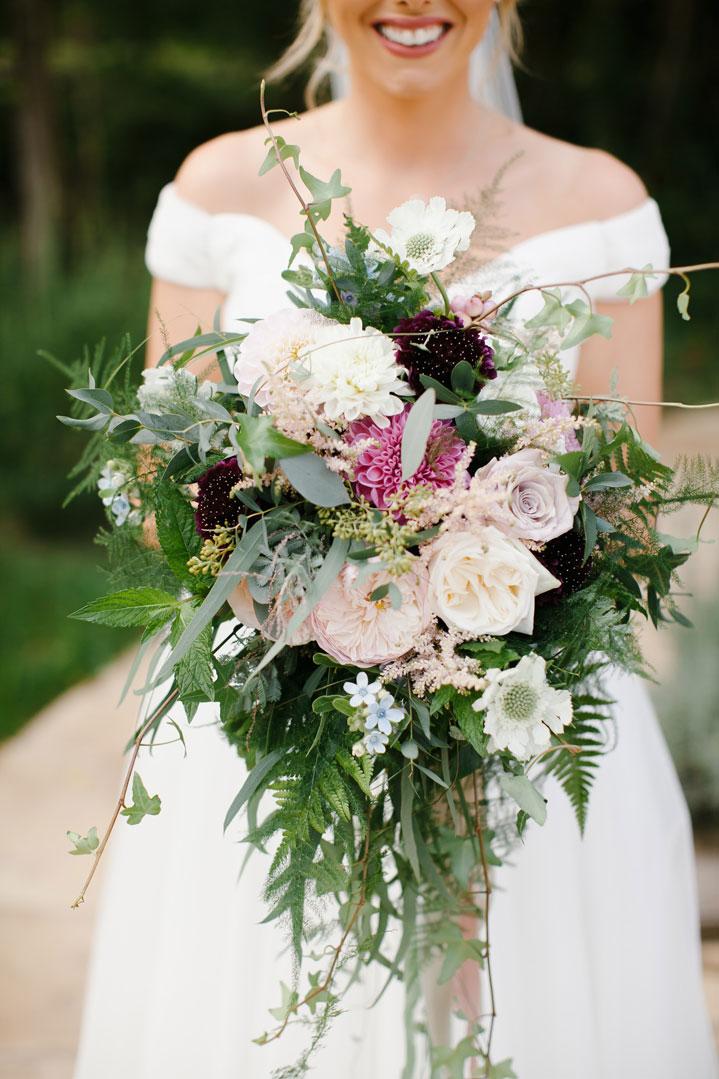 sarah-harper-floral-design-luxury-wedding-florist-flowers-oxfordshite-cotsworlds-gallery-elsbeth-sam-BettyEdweb-102