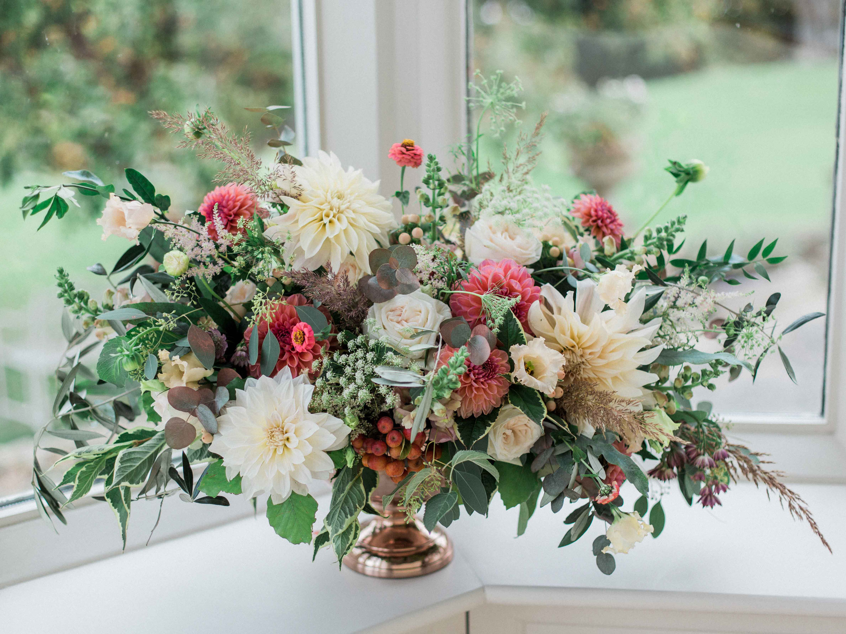 sarah-harper-floral-design-luxury-wedding-florist-flowers-oxfordshite-cotsworlds-gallery-hello
