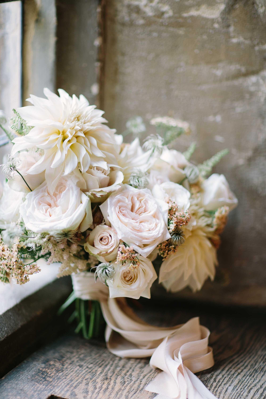 sarah-harper-floral-design-wedding-florist-flowers-intimate-small-19_SA_BarkerEvans_PRINT_B