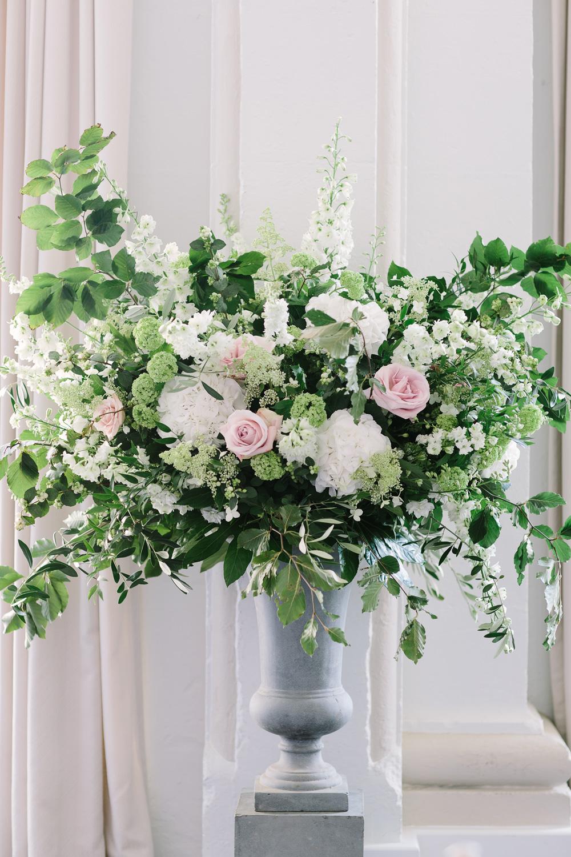 sarah-harper-floral-design-wedding-gallery-flowers1398_VM_PRINT_BarkerEvans_B